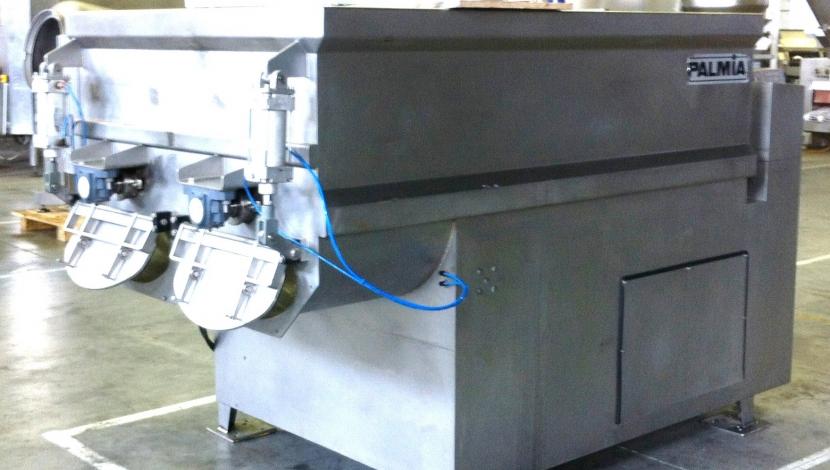 """Palmia"" twin shaft ribbon mixer 2.000 L."