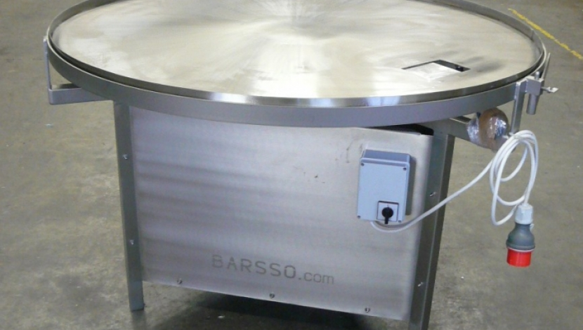 Lazy Susan for breading line